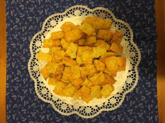 Gluténmentes sajtos rúd